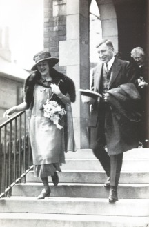 Frederick_Banting_and_Marion_Robertson